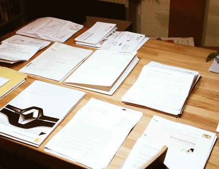 Unterlagen_Tisch